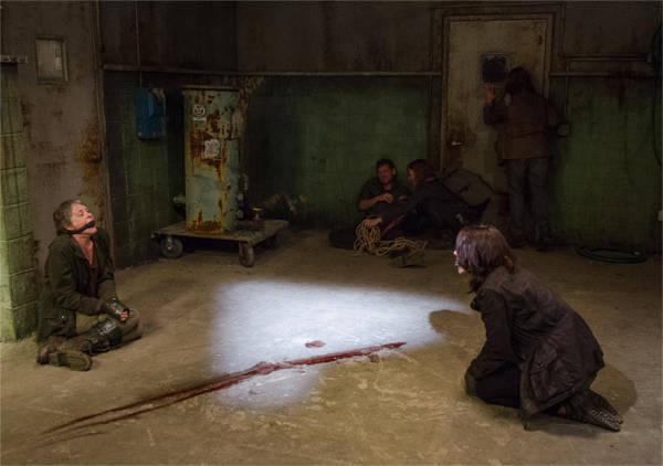 the-walking-dead-episode-613-maggie-cohen-3-935