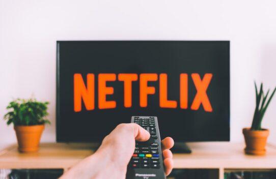 5 Filmes lançados em 2019 para assistir agora na Netflix sem precisar rolar infinitamente o catálogo